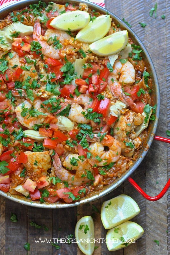 Paella Valenciana with Chicken, Chorizo and Shrimp! #paella #glutenfree #shrimppaella #chorizo #chickenpaella
