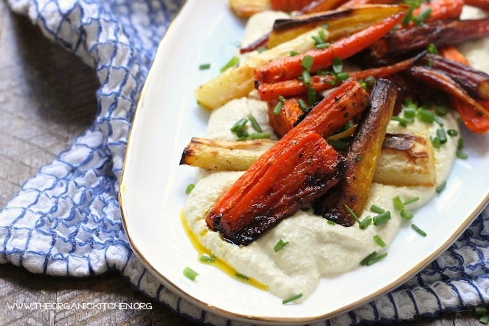 Roasted Carrots with Cashew Cheese Sauce (Vegan-Paleo-Whole30) #whole30 #keto #vegan #roastedcarrots #cashewcheese