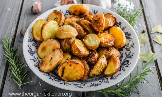 Whole30 Roasted Potatoes (with Rosemary Garlic Option)